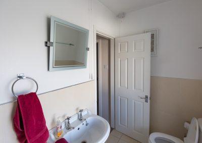 6-pier-road-bathroom-1