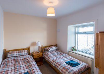 6-pier-road-double-bedroom