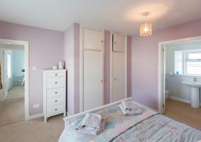 6-pier-road-en-suite-bedroom-3